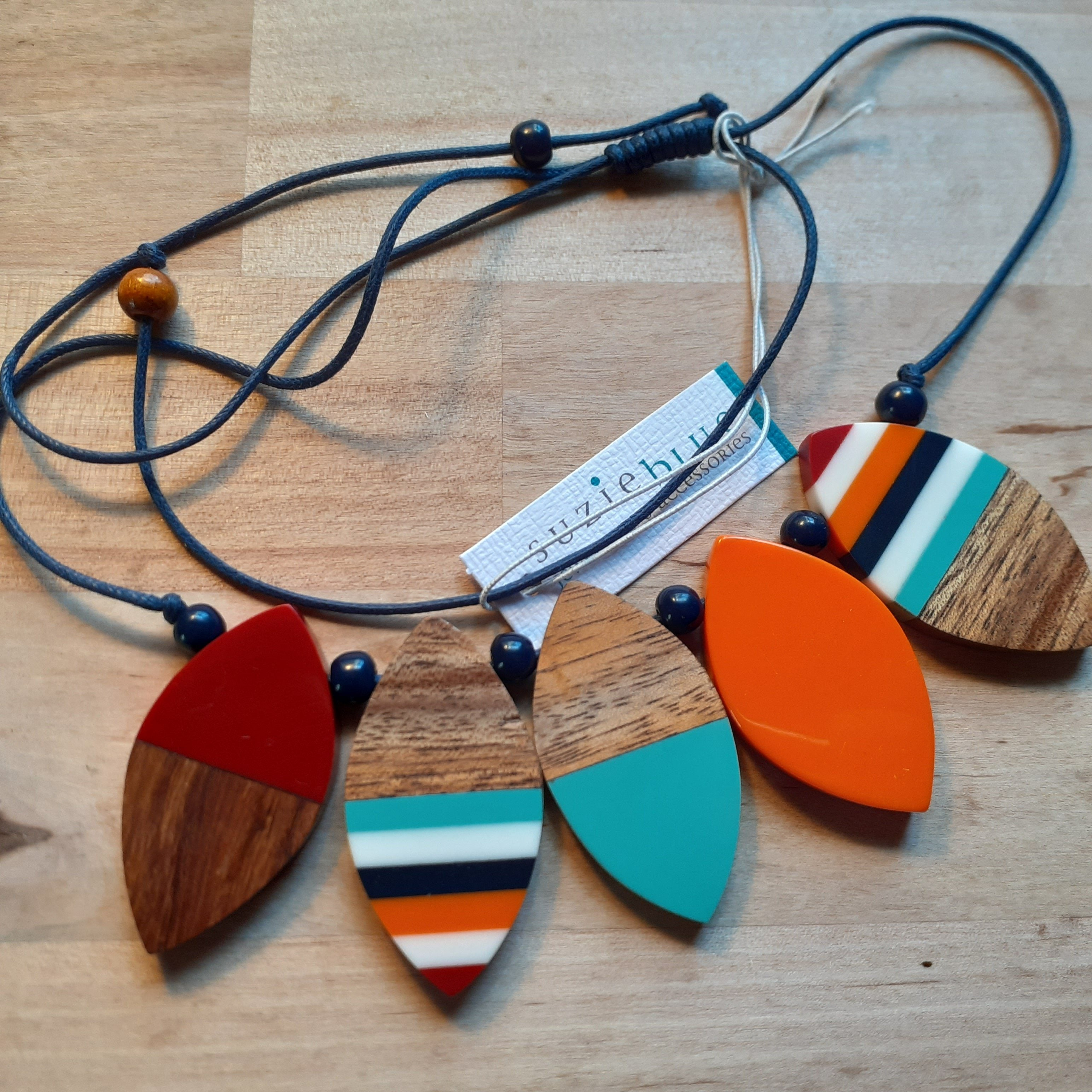 Resin and Wood Petal Necklace - multicoloured, orange and wood - Luvit!