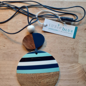 Resin and Wood Disc Necklace - Large Disc wood and blue - Luvit!