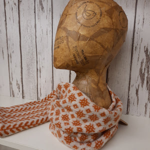 Handmade Merino Wool Snood, Welsh Tapestry Pattern (Burnt Orange)