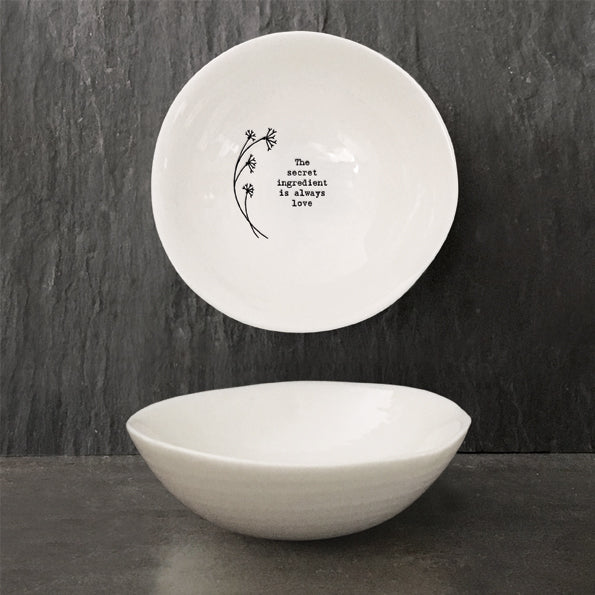 Medium Hedgerow Design Bowl -  ' The secret ingredient is always love...