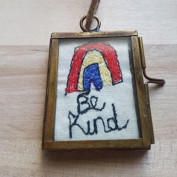 Mini Rainbow Frame (BE KIND) - Luvit!