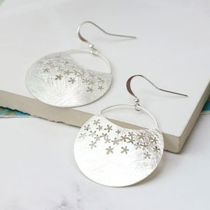 Silver Plated Scratched Flower Disc Earrings - Luvit!