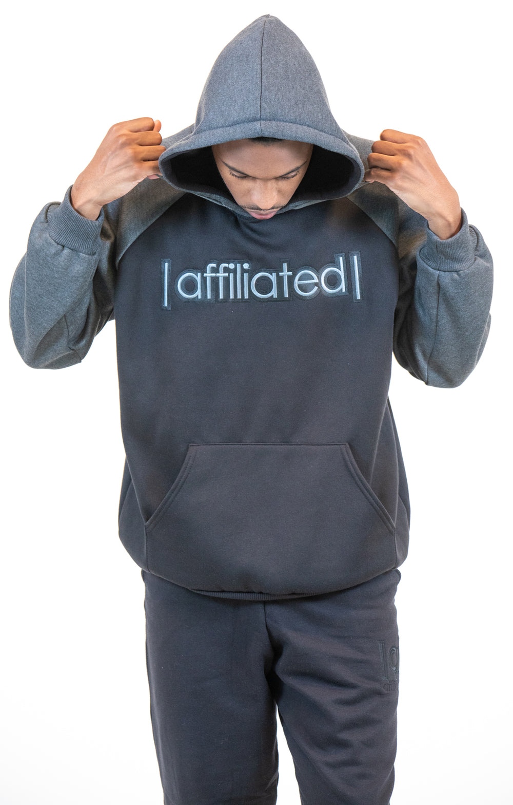 Affiliated SLAM DUNK Hooded Pullover (Black/Charcoal)