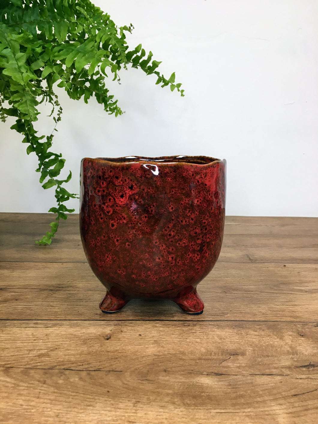 Plant pot on foot - red