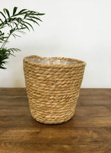 Load image into Gallery viewer, Natural seagrass basket