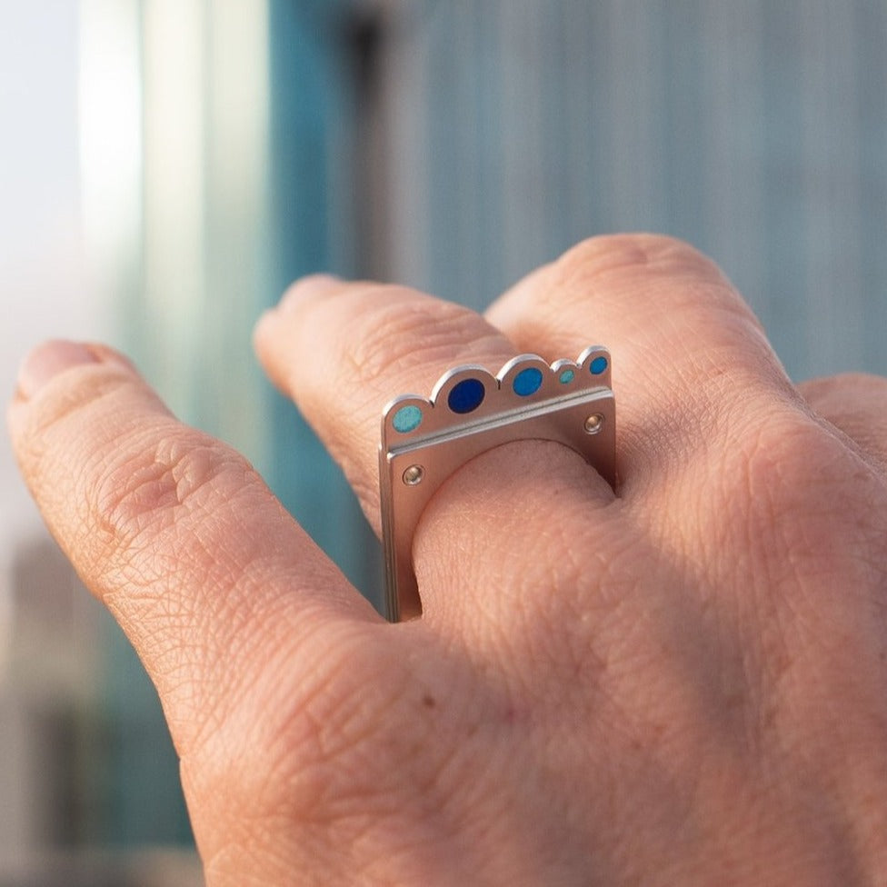 Plique Cloud Rivet Ring