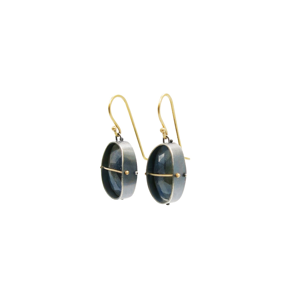 Load image into Gallery viewer, Captured Sapphire Earrings