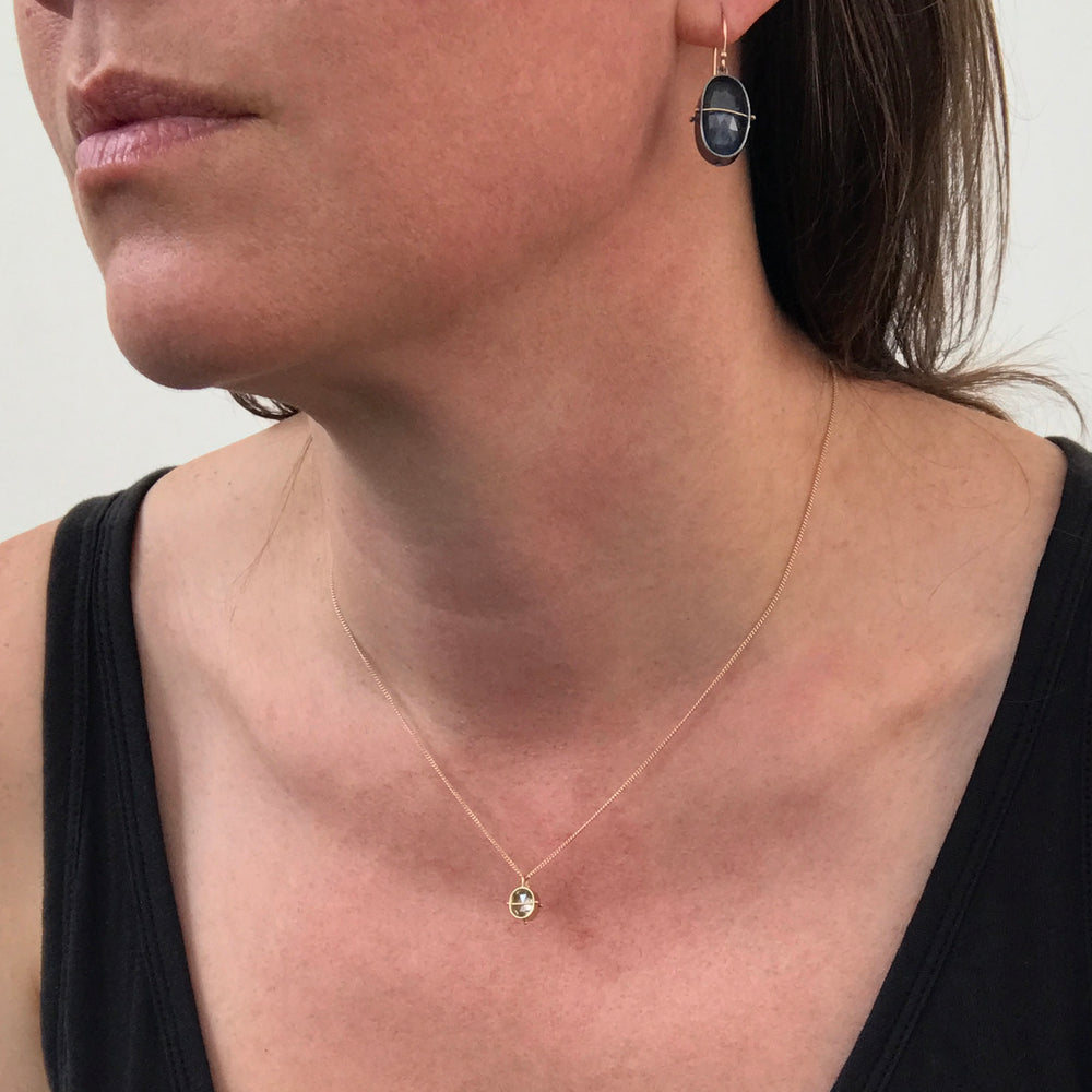 Load image into Gallery viewer, Captured Salt & Pepper Solitaire Necklace