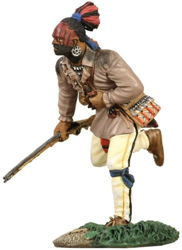Eastern Woodland Indian Running with Musket №1 - Chester Model Centre