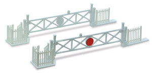 Level Crossing Gates (4) with Wicket Gates and Fencing - Chester Model Centre