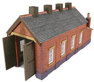 PN931 N Gauge Single Track Engine Shed (Red Brick) - Chester Model Centre
