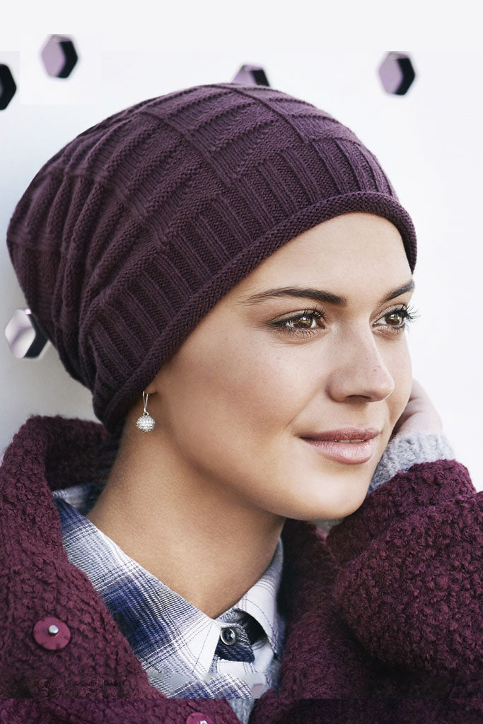 Hat Dagny - Cap knit acrylic - plum Color 1289-0519