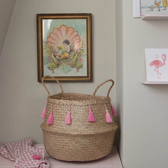 Natural Seagrass Baskets with Pink Tassels