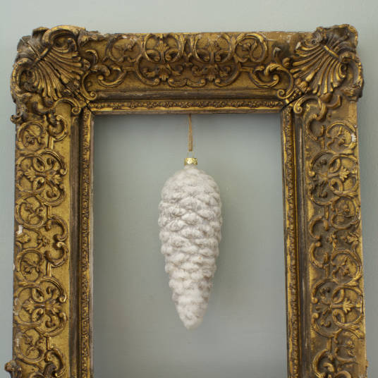 Pinecone Baubles - White