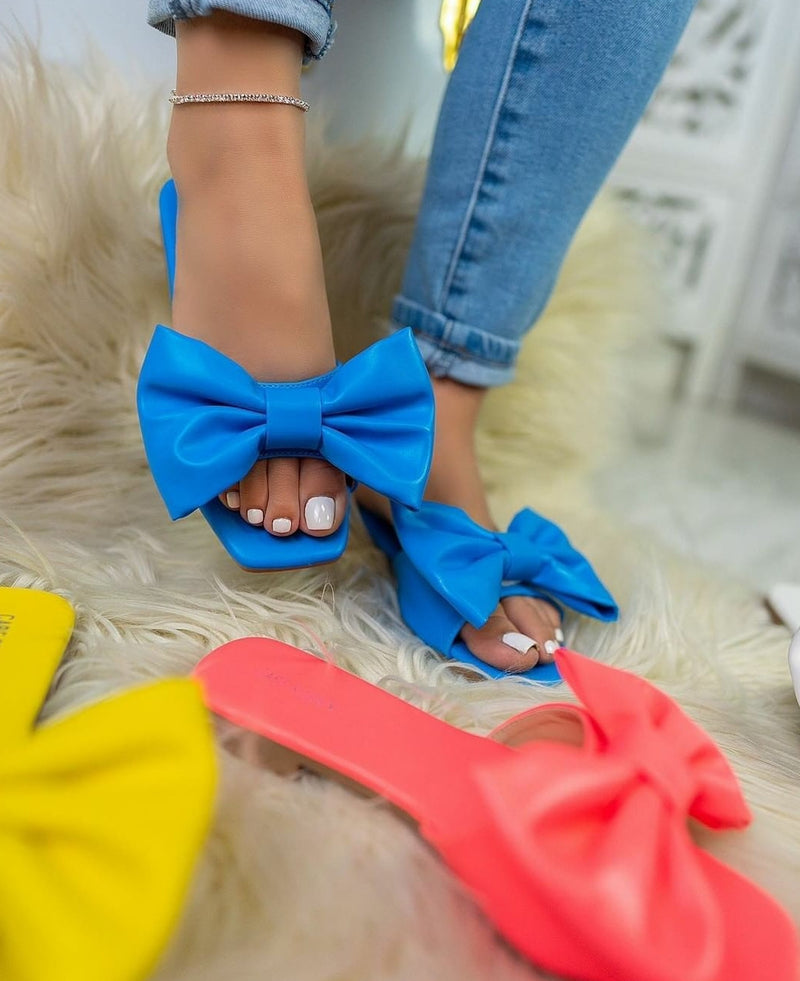 Pretty Girl Bow Tie Sandals