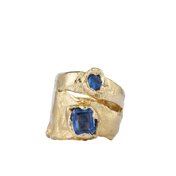 INDUS RING | ALICE WAESE | 14K GOLD AND BLUE SAPPHIRES | MOLTEN GOLD | CHUNKY RING | AETLA