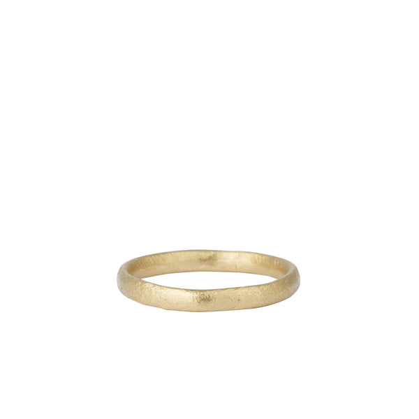 Oval Section 14K Gold Wedding Band Ring | Ruth Tomlinson | Aetla  Edit alt text