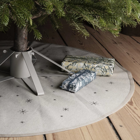 Star Christmas Tree Blanket, Sand & Black