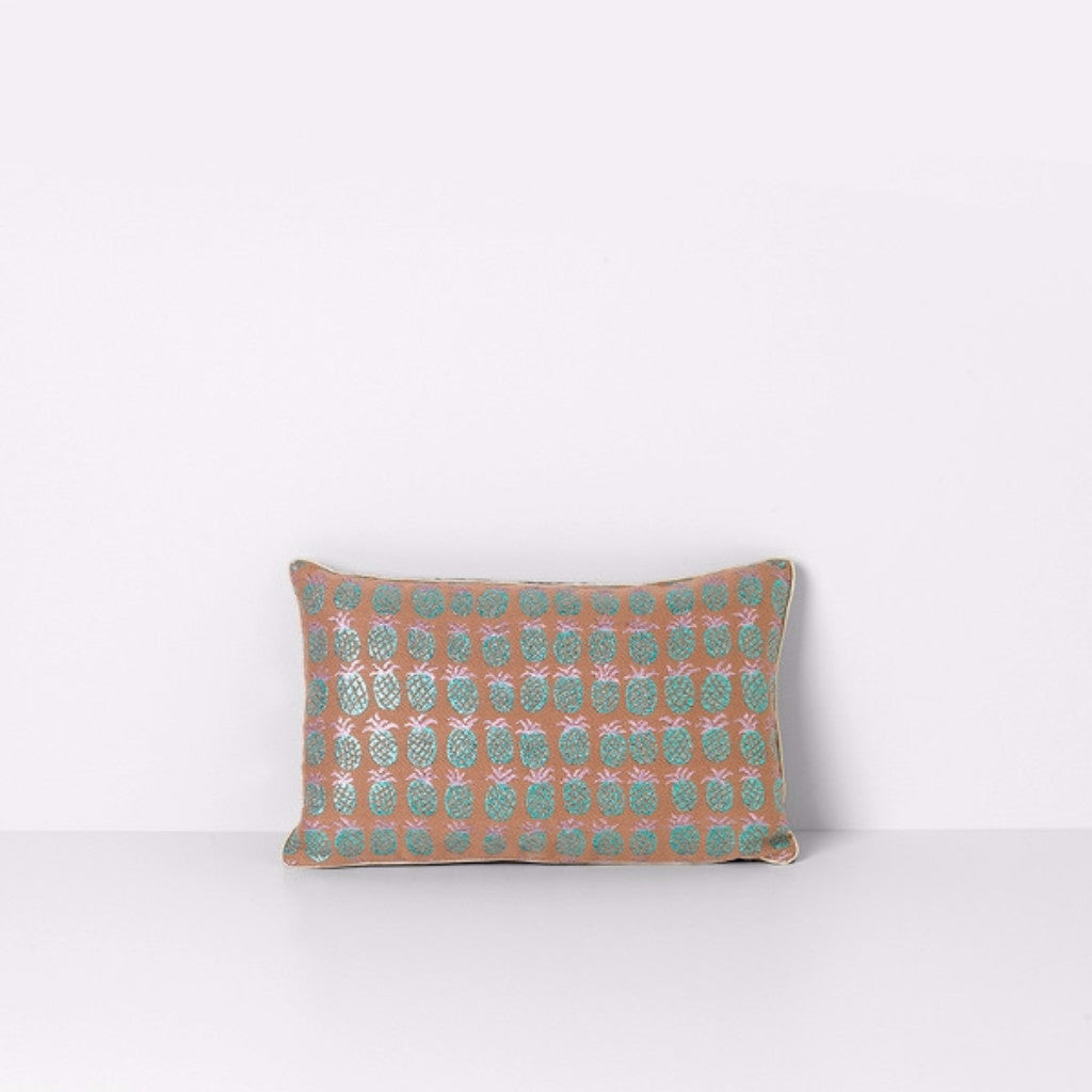 Salon cuscino Pineapple di ferm LIVING