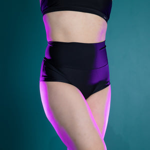 CHEEKY HOT PANTS BLACK