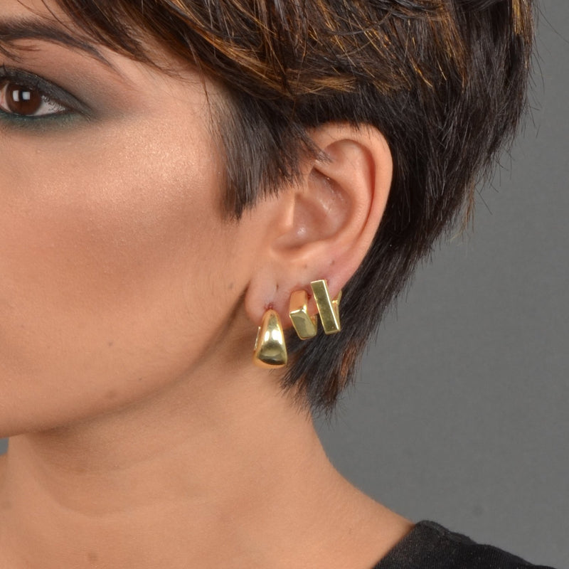 CUBICAL STUDS EARRING ARVINO