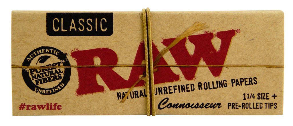 Raw Connoisseur 1¼ (with pre-rolled tips)