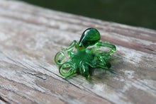 Load image into Gallery viewer, Blown Glass Octopus glass figurine mini