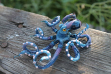 Load image into Gallery viewer, Glass Octopus Sculpture