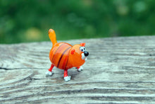 Load image into Gallery viewer, Blown Glass Cat Sculpture Animals Glass