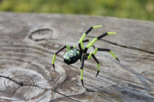 Load image into Gallery viewer, Spider Animals Glass, Art Glass, Blown Glass, blown glass figurine, stained glass, hand blown glass