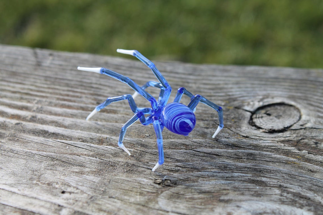 Blown Glass Figurine Art Insect  Black SPIDER, Art Glass Spider Figurine Glass Figurine Animal Figure Glass Sculpture