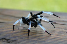 Load image into Gallery viewer, Spider Animals Glass, Art Glass, Blown Glass, Sculpture Made Of Glass, Black spider