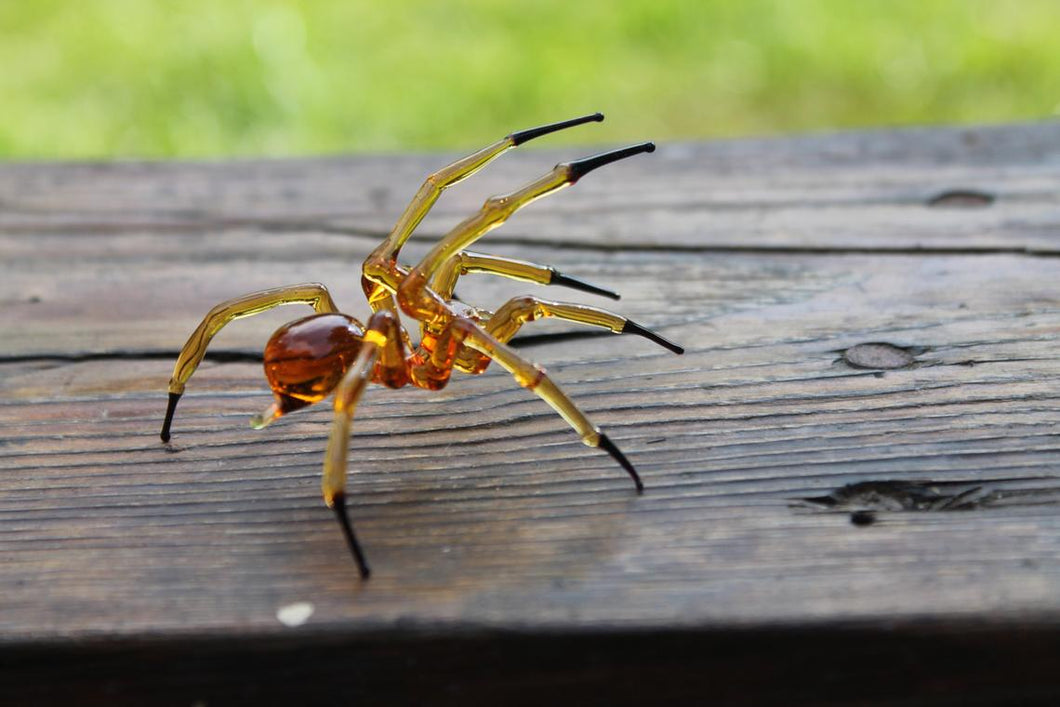 Blown Glass Figurine Art Insect Amber and Black SPIDER, Art Glass Spider Figurine Glass Figurine Animal Figure Glass Sculpture