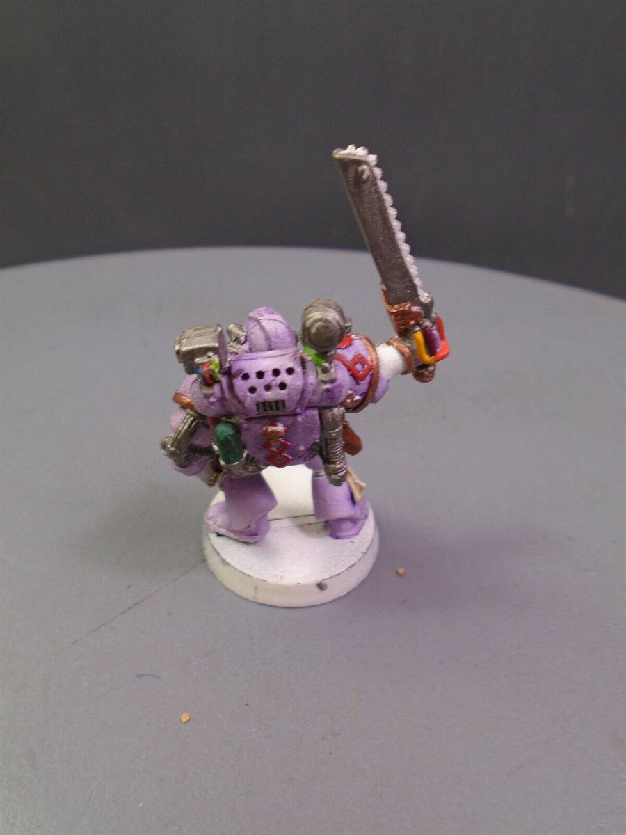 Space Marines Metal Apothecary 170