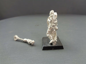 Games Workshop Mordheim Frenzied Mob Villager Blacksmith 120