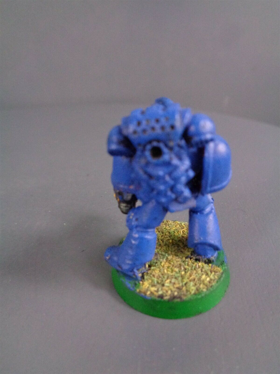 Space Marines Metal body Vet with Power Fist 662