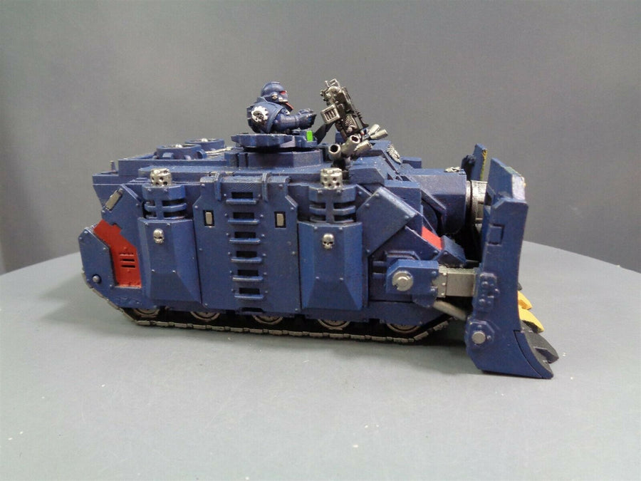 Crimsons Fists Vindicator