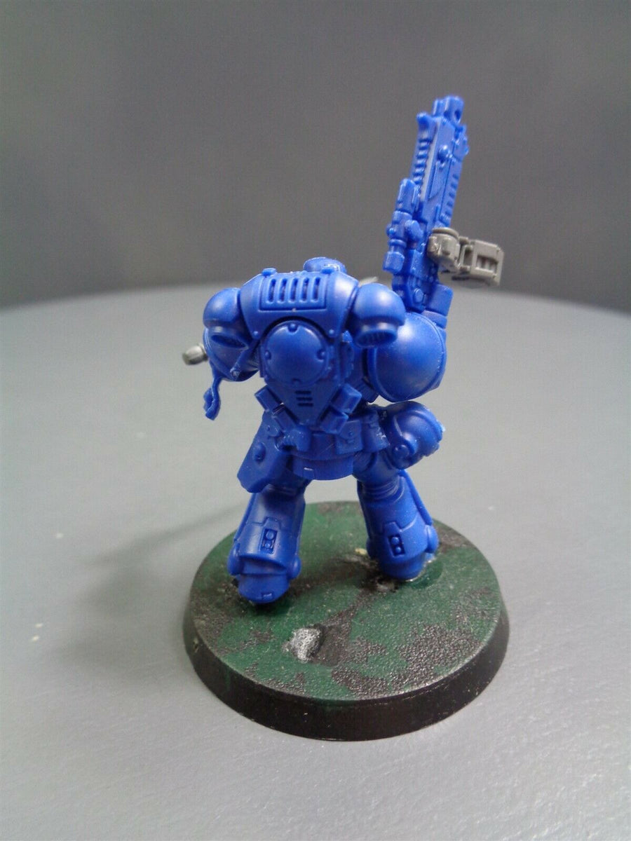Primaris Lieutenant Bolt Rifle