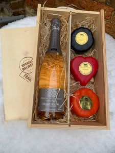 Cremant Rose with three cheeses in a wooden box