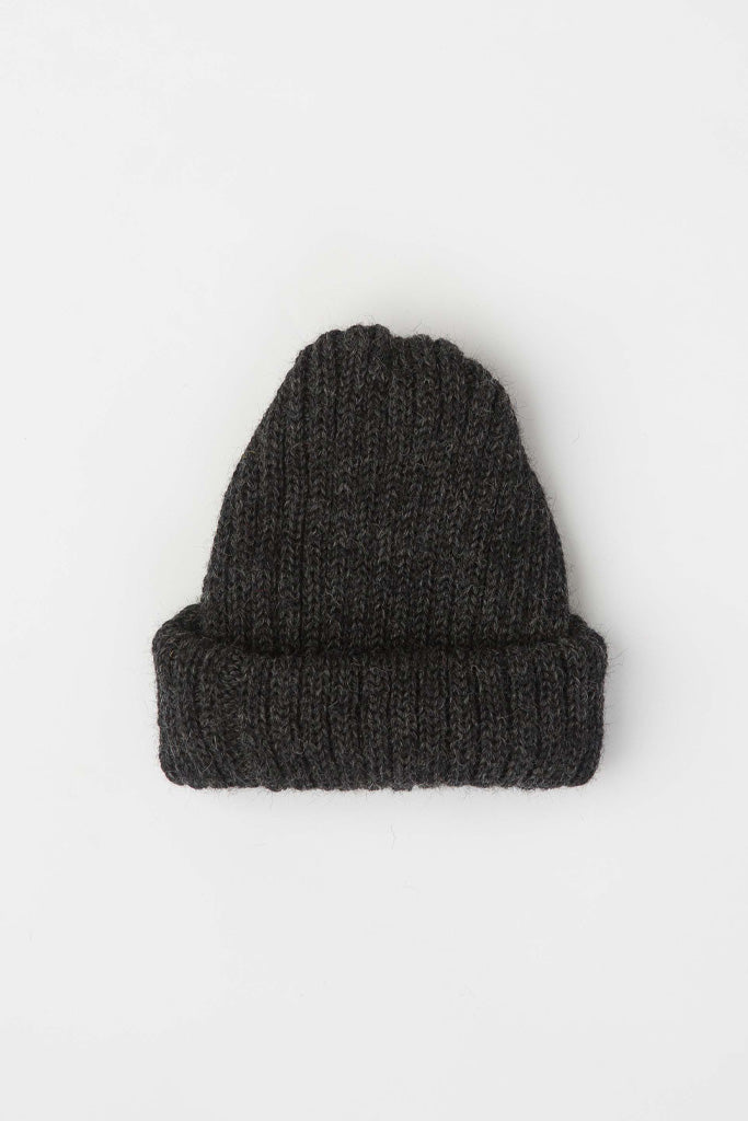 Charcoal Grey Dobbo (short knitted beanie)