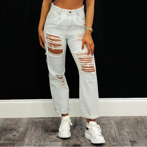 Ripped BF Jeans