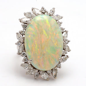 15.00ct Oval Cut, Australian Opal Ring