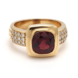 Hauer, 3.15ct Cushion Cut Brownish-Red Spinel Ring