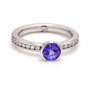 0.98ct Round Brilliant Cut Tanzanite Ring