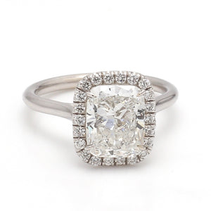 3.01ct G VS2, Cushion Cut Diamond Ring - GIA Certified