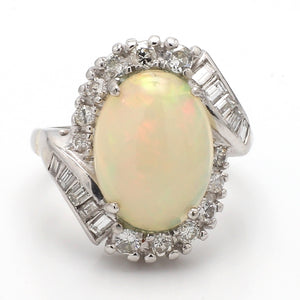 3.50ct Oval Cut, Opal Ring