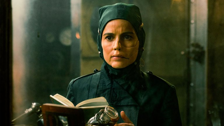 Doctor Poison, mad chemist character in laboratory, from Wonder Woman film
