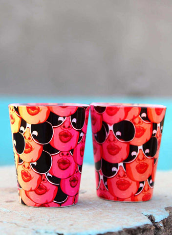 KISSING LIPS SHOT GLASSES