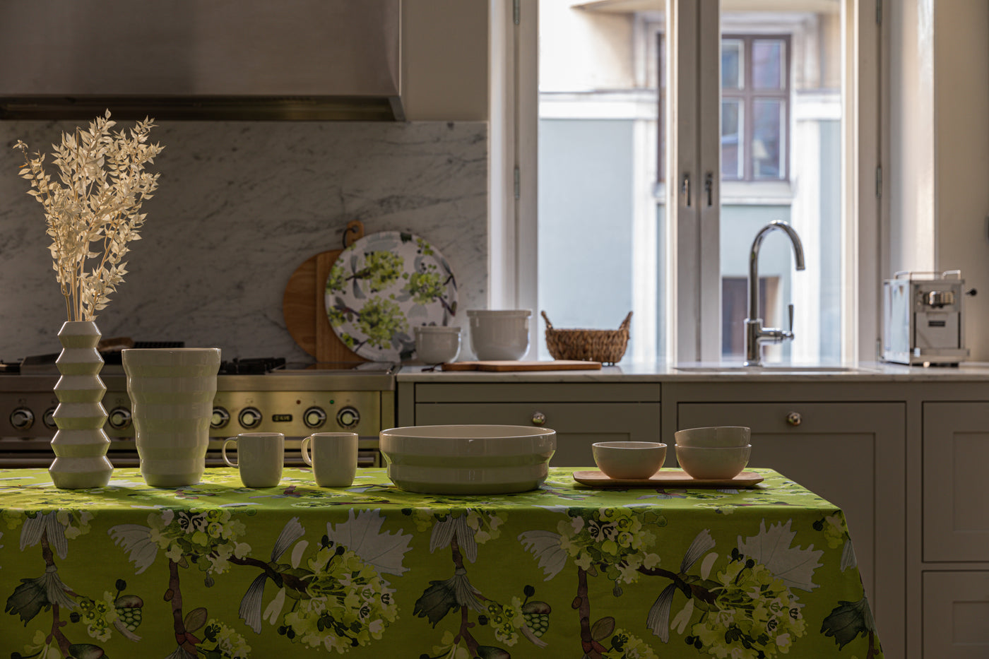 Shop The Look: Let the spring sun into the kitchen