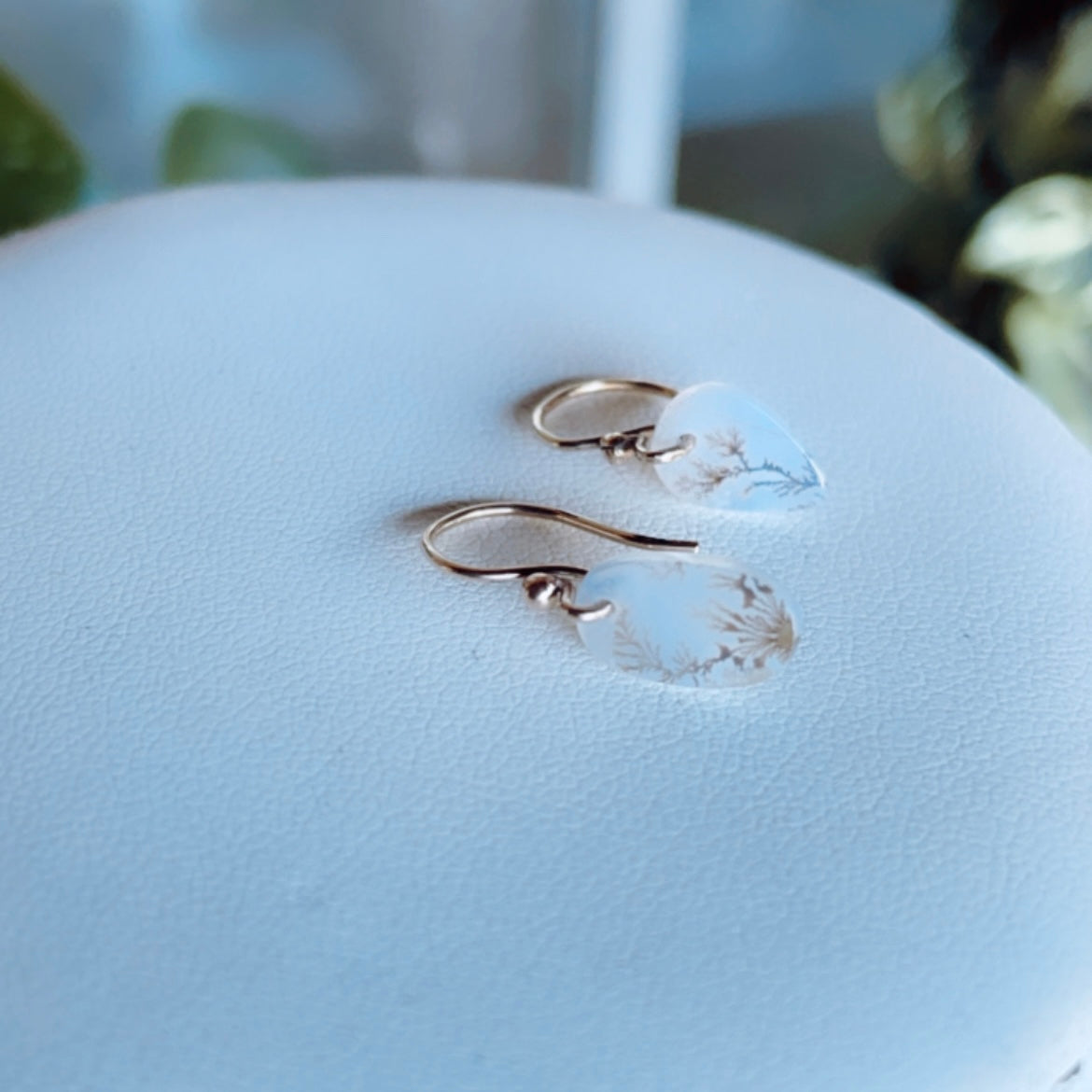 delicate branch earrings-serena kojimoto studio